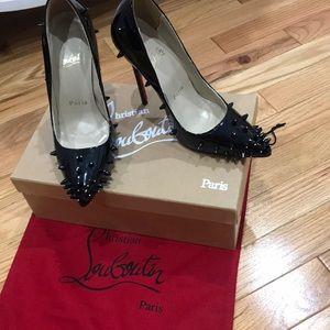 READ DESCRIPTION- Christian Louboutin heels